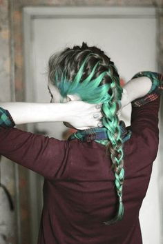 love the use of green dye in this french braid