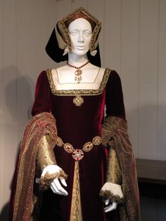 Tudor costume displayed at Sudeley castle, Winchcombe, from Dr David Starkey TV series on Tudors