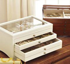 Organizadores de bijouterie que decoran tu habitación Wooden Gift Boxes, Wooden Gifts, Jewellery Boxes, Jewellery Storage, Home Organisation, Organization, Cardboard Box Crafts, Ideias Diy, Small Furniture