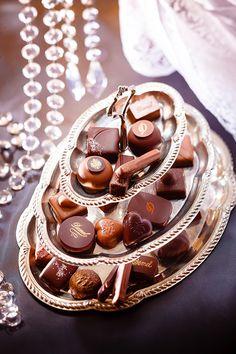 オーストリア・ウィーンの老舗洋菓子ブランド「デメル(DEMEL)」は、バレンタインセレクションを2017年1月中旬より全国百貨店デメルショップ、全国百貨店バレンタイン特設会場などで発売する。ハートアソ...