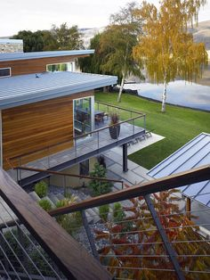 Central Washington River House by McClellan Architects | HomeDSGN, a daily source for inspiration and fresh ideas on interior design and hom...