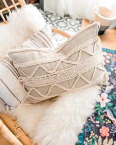 Make a DIY Boho Throw Pillow from Dollar Tree bath mats | The DIY Mommy