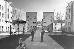 Abronhill, Cumbernauld New Town via Ghosts in the TV