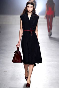Wrapped belt LBD I #Black #Dress #Fashion #Trend for Fall Winter 2013 I Maiyet  #Fall2013 #trends #lbd