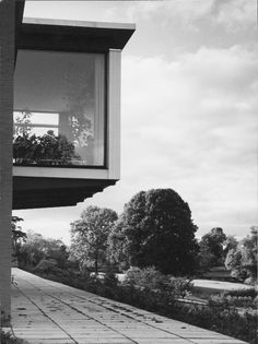 Arne Jacobsen, One family house for Edwin Jensen, Mosehøjvej 21, 1957-60. Denmark. Photo; Strüwing Reklamefoto