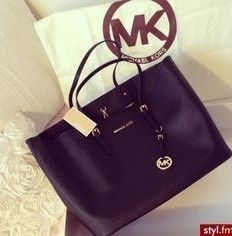 Michaelkor Outlet! OMG!! Holy cow, I'm gonna love this site