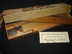 J777111 ANTIQUE 1920'S FLEISHERS E.M.E. FAST KNITTER KNITTING MACHINE D-110713
