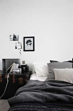 Sisustusblogin kirjoittamisen kannalta pieni koti ei ole mikään ideaali. Ainakaan kun blogi pyörii pääasiassa sen oman kodin ja tyylin ympärillä.