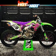 Hot or Not? Retro style Kawasaki by @greco976  #hotornotmx #dirtbike #motocross #supercross #kxf450 #mxgp #kawasaki #fmf #fmfexhaust #mxlife #dirtbikes #sxonfox