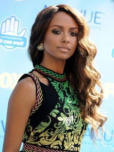 kat Graham as Kelly, Cooper's wife. Cooper is a fellow fire fighter and one of Steven's friends who he admires because he is a husband and father.
