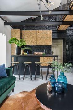 Industrialne poddasze z antresolą, projekt: Monika Pniewska Projekty Wnętrz przy współpracy z One Design - Mieszkanie z antresolą w warszawskiej kamienicy