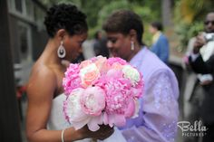 Love the flowers and colors in this Photo with Bride and mom
