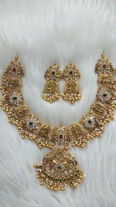 Gold Temple Jewellery, Silver Wedding Jewelry, Bridal Jewelry, Silver Jewelry, Indian Jewelry Sets, Silver Jewellery Indian, Indian Jewellery Design, Jewelry Design Earrings, Gold Earrings Designs