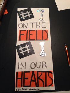 Football locker signs for highschool, collage, or sporting events. Football Locker Signs, Basketball Signs, Sports Locker, Basketball Playoffs, Sports Signs, Football Cheerleading, Football Sister, Football Homecoming, Basketball Cheers
