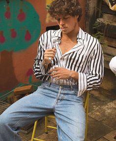#FASHIONBOYS || TREND: pinterest.com/ojuanroch instagram.com/juanroch #Boy #boysclothing #inspiration #fashion #vintage #cool #90s #jeans #momjeans #camisaria