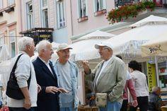 Плате вечеру, па продају скупу робу - http://www.vaseljenska.com/ekonomija/plate-veceru-pa-prodaju-skupu-robu/