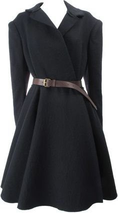 Shop Women's Lanvin Long coats on Lyst. Track over 916 Lanvin Long coats for stock and sale updates. Lanvin, Mode Style, Style Me, Mode Vintage, Glamour, Autumn Winter Fashion, Fall Winter, Passion For Fashion, Mantel