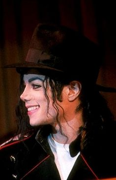 King of Pop: Michael Jackson Michael Jackson Videos, Michael Jackson Bad, Michael Jackson Thriller, Michael Jackson Wallpaper, Jackson Music, Jackson 5, Jackson's Art, The Jacksons, Thing 1