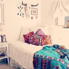 35 Charming Boho-Chic Bedroom Decorating Ideas [ Bacati.com ] #bedroom #decor #Bacati