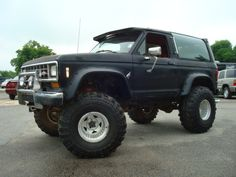 Ford Bronco II black #3