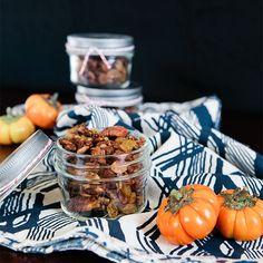 Pumpkin Paleo Granola / Jennifer Chong #paleo #recipe