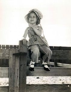 I want to print this and frame it!!!   little miss shirley temple, 1934