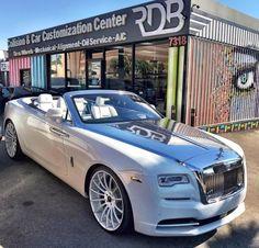 Super luxury cars rolls royce posts Ideas – – My World Bugatti, Lamborghini, Ferrari, Rolls Royce Wraith, Rolls Royce Cars, Sexy Cars, Hot Cars, Voiture Rolls Royce, Automobile