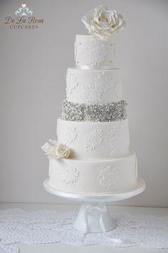 Macaroons Decorate This Elegant Wedding Cake