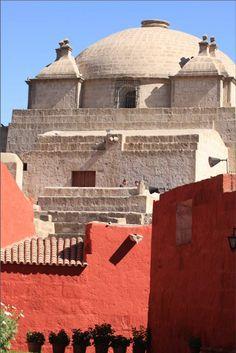 Convento de Santa Catalina, Arequipa Central America, South America, Latin America, Machu Picchu, Chili, British Overseas Territories, Countries To Visit, World Religions, White City