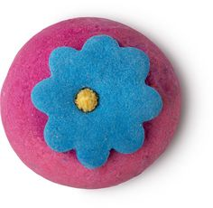 Pop In The Bath Bubble Bar: The citrusy scent of Mediterranean mandarin groves and orange flowers in this solid bubble bath will breeze past you as you lay back in the bubbles, perfect for dreaming of summertime no matter the season.