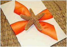 Invitacion de boda sencilla decorada con cinta y una estrella de mar simplemente espectacular http://www.bodasmargarita.net