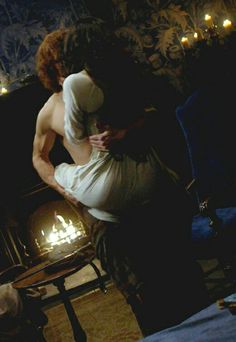 Jamie takes Claire to bed                                                                                                                                                     More