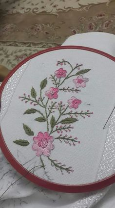 Brazilian Embroidery Design Embroidery Stitches Meaning Brazilian Embroidery Stitches, Learn Embroidery, Hand Embroidery Stitches, Hand Embroidery Designs, Embroidery Art, Embroidery Techniques, Cross Stitch Embroidery, Hand Embroidery Flowers, Ribbon Embroidery