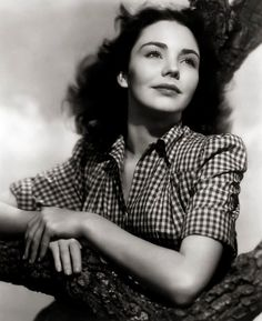 """Jennifer JONES (1919-2009) * AFI Top Actress nominee. Notable Films: Duel in the Sun (1946); The Song of Bernadette (1943); Since You Went Away (1944); Cluny Brown (1946); Portrait of Jennie (1948); Madame Bovary (1949); Carrie (1952); Ruby Gentry (1952); Beat the Devil (1953); Love is a Many-Splendored Thing (1955); The Man in the Gray Flannel Suit (1956); The Barretts of Wimpole Street (1957); A Farewell to Arms (1957); The Towering Inferno (1974) Pic: in """"Love Letters"""" (1945)"""