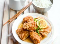 A Chinese restaurant staple, this crispy chicken with a sweet, zesty sauce is so easy to prepare. Time to make it at home!
