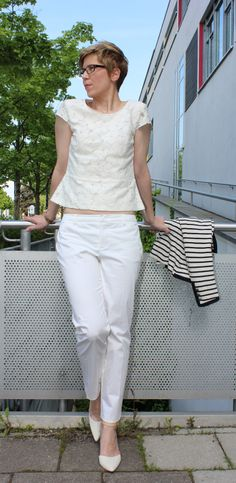 My white look with flowers and stripes http://ahemadundahos.de/?p=3839