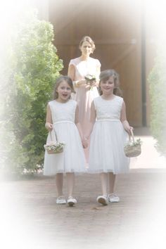 Vintage lace flower girls