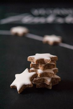 Perfekte vegane Zimtsterne - perfect vegan cinnamon star cookies
