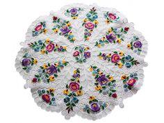 kalocsai - Google-keresés Hungarian Embroidery, Arabian Horses, Hungary, Flower Art, Embroidery Patterns, Folk Art, Vibrant Colors, Projects To Try, Holiday Decor