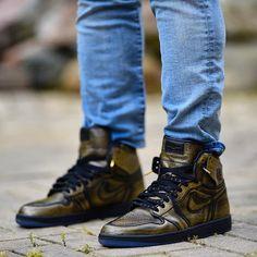 "Air Jordan 1 High ""WINGS"" Air Jordan Sneakers, Jordans Sneakers, Air Jordans, Sneaker Games, Jordan 1, Custom Paint, Hiking Boots, Kicks, Fashion"