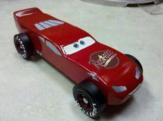 Pinwoos Derby: Lighting McQueen Pinewood Derby Car