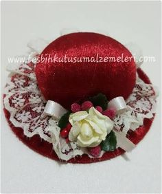 Resultado de imagem para iğnelik Pin Cushions, Projects To Try, Sewing, Hats, Christmas, Crafting, Embroidery, Google, Diy