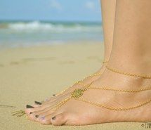Inspiring picture barefoot, bohemian, beach, jewelry, boho, cute, fashion, fun, girls, love, sandals, gold, ocean, outfit, shop, sand, style, summer, nature. Resolution: 1000x662. Find the picture to your taste!