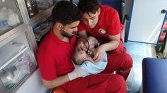 Siamese tweeling Nawras en Moaz geboren in oorlogsgebied