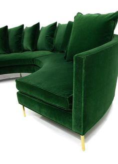 Sardinia Sectional in Emerald Velvet Design Living Room, Living Room Sofa, Living Room Decor, Modern Sectional, Sectional Sofa, Round Sectional, Sofa Uk, Green Velvet Sofa, Green Couches