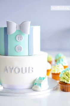 Trendy birthday party cake for boys baby shower Ideas Torta Baby Shower, Baby Shower Cupcakes For Boy, Cupcakes For Boys, Baby Boy Shower, Baby Birthday Cakes, Baby Boy Cakes, Gateau Baby Shower Garcon, Bow Tie Cake, Bow Ties