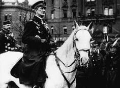 """Remembering Horthy, who rode into """"sinful"""" Budapest 100 years ago, """"with deference and homage"""" – Hungarian Spectrum Military Officer, Austro Hungarian, Political System, Budapest Hungary, World War Ii, Austro Húngaro, Nap, Spectrum, Tanks"""