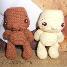 These are two adorable crochet marshmallow kids. Snooky and Coco. They are so fun to make!
