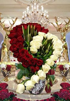 Creative Flower Arrangements, Funeral Flower Arrangements, Beautiful Flower Arrangements, Floral Arrangements, Beautiful Rose Flowers, Flowers For You, Church Flowers, Funeral Flowers, Happy Birthday Wishes Images