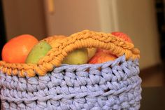 (4) Name: 'Crocheting : T-shirt Yarn Basket